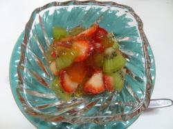 イチゴとキウイのルイボスフルーツゼリー
